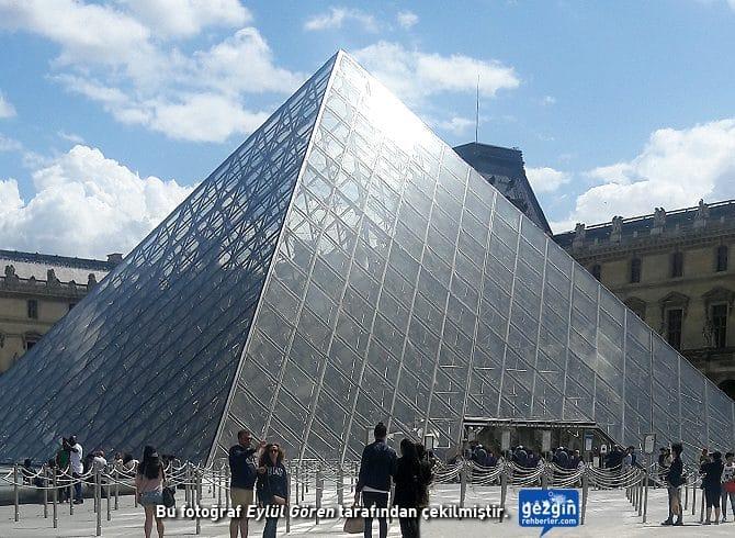 Louvre Müzesi (Paris - Fransa)